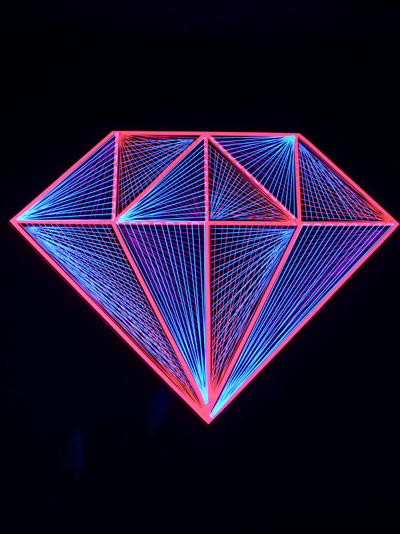 Psywork Stringart Gallery | schwarzlicht.de Blog
